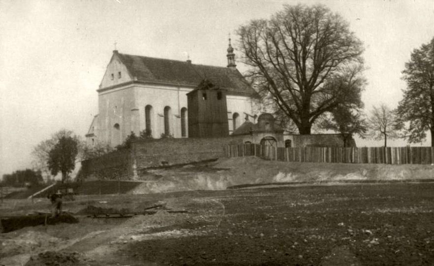 Pobernardyński Zespół Klasztorny, lata 1946-48. W tym właśnie czasie miał miejsc..., stare zdjęcia -