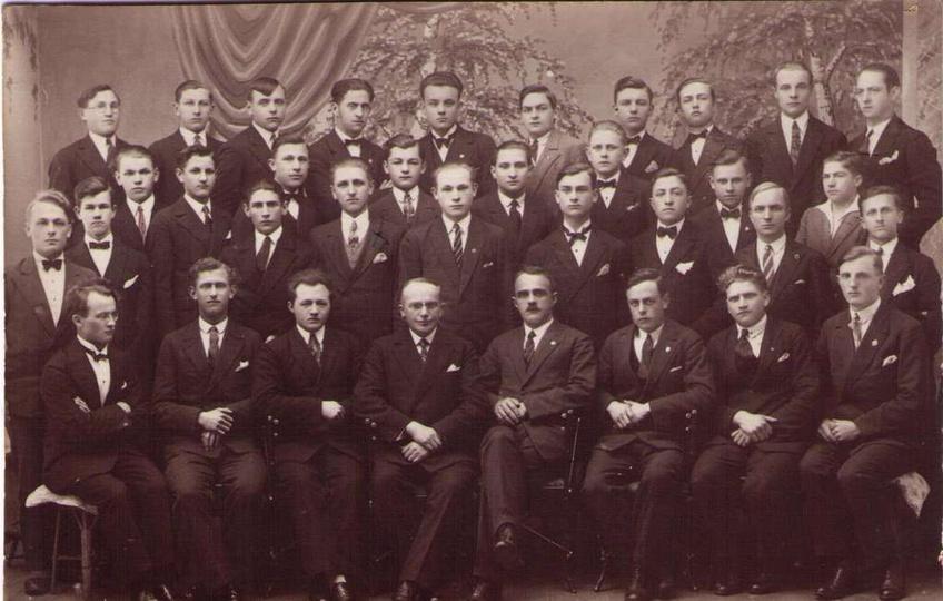 IV Kurs Państwowego Seminarium Nauczycielskiego w Ostrzeszowie, 1930 rok, stare zdjęcia -