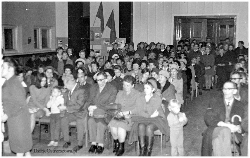 Sala Prezydium Miejskiej Rady Narodowej ok 1969 roku. Uroczystość z okazji roczn..., stare zdjęcia -
