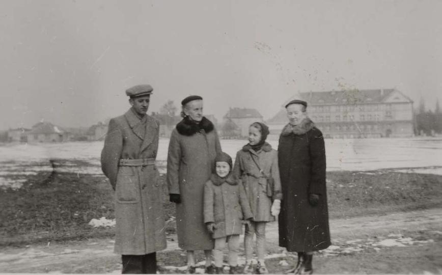 Rok ok.1957. Widoczna na zdjęciu dróżka to Aleja Wolności (z lewej strony przebi..., stare zdjęcia -