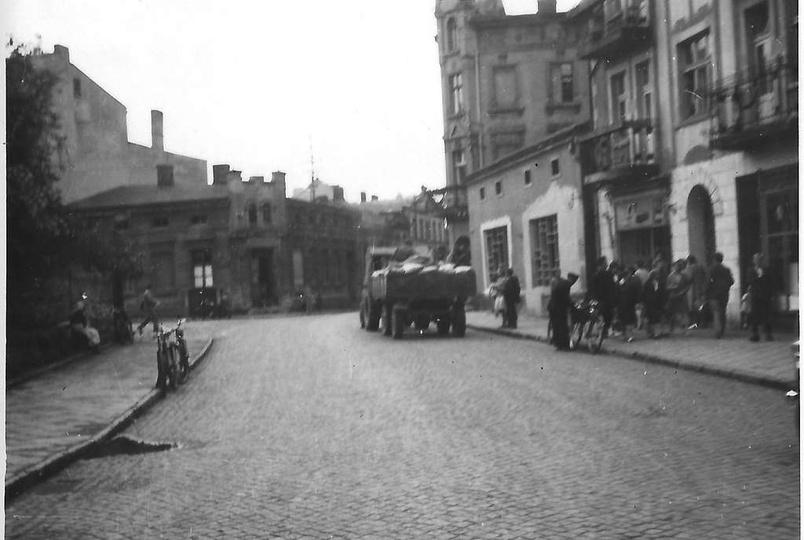 Rok 1963, ulica Sikorskiego.  Zdj. ze zbiorów Zbigniewa Jagodzińskiego., stare zdjęcia -