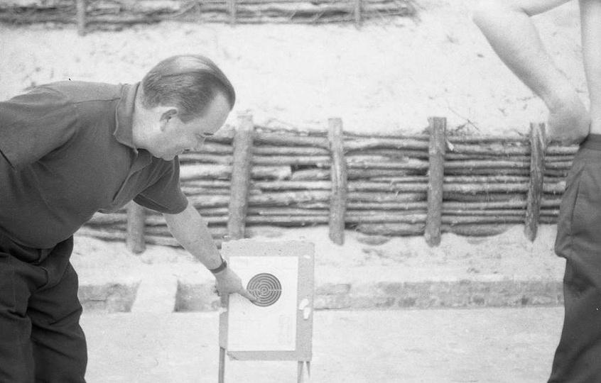 Rok 1970, Ośrodek Sportów Obronnych Ligi Obrony Kraju czyli strzelnica przy ulic..., stare zdjęcia -