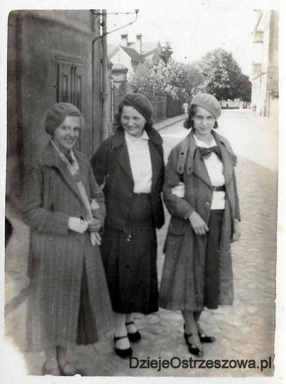 Rok 1935, ulica Zielona, obecnie Gorgolewskiego. Po lewej widoczny fragment tzw ..., stare zdjęcia -