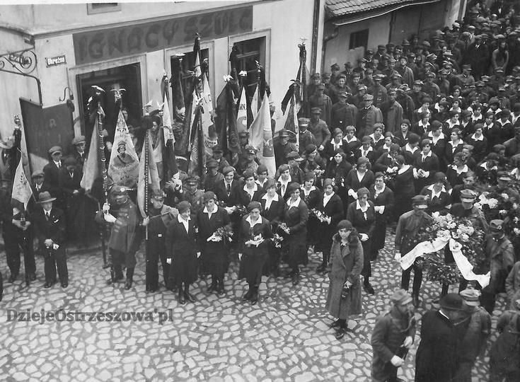 """Towarzystwo Gimnastyczne """"Sokół"""" w Ostrzeszowie. 16 maja 1935 rok, pogrzeb Wład..., stare zdjęcia -"""