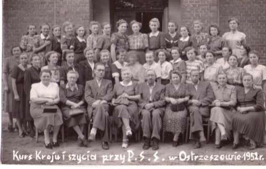 Kurs Kroju i Szycia 1951, stare zdjęcia -