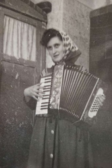 Rok 1958. Marianna Andrzejewska. Zdjęcie wykonane w mieszkaniu P. Franciszka Fry... -
