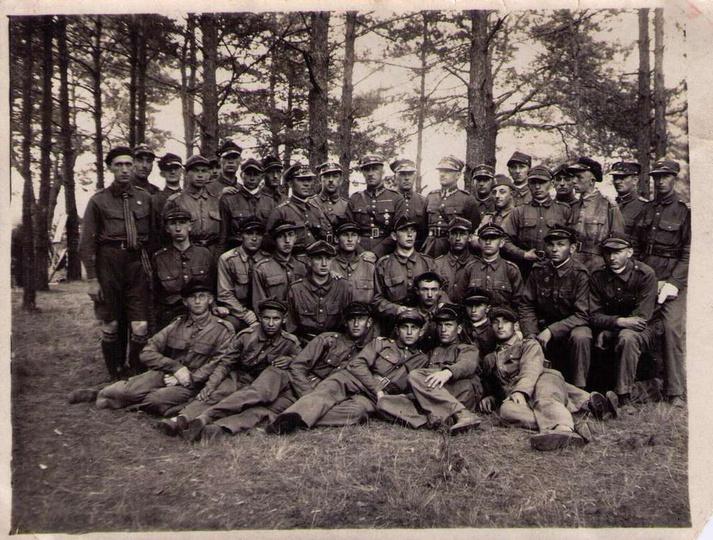 Ćwiczenia wojskowe P.W. 4-dniowy obóz pod Kobylagórą pow. Ostrzeszów, czerwiec 1..., stare zdjęcia -
