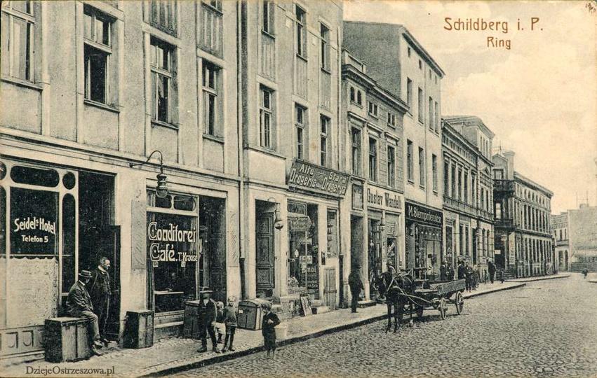 Rynek w Ostrzeszowie, strona wschodnia, początek XX wieku., stare zdjęcia -