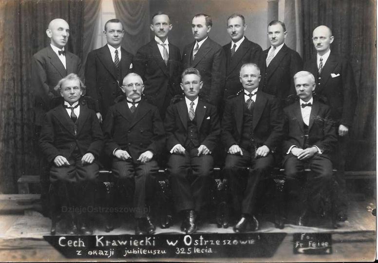 Rok 1935, jubileusz 325-lecia Cechu Krawieckiego w Ostrzeszowie. Cech krawiecki ..., stare zdjęcia -