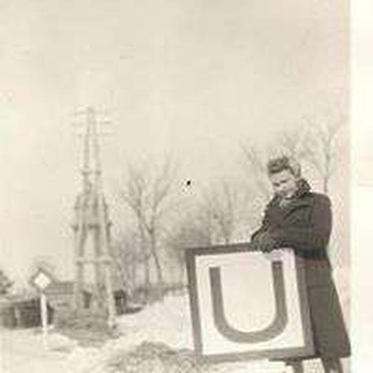 Zima w okupowanym przez Niemców Ostrzeszowie. Fotografia zrobiona po wybudowaniu..., stare zdjęcia -