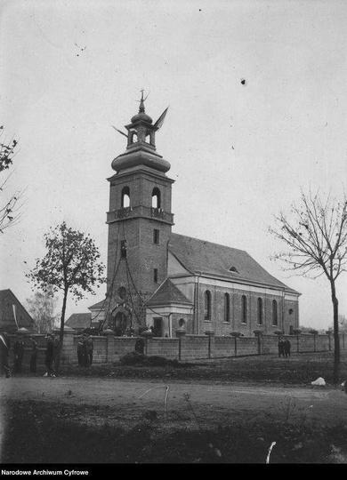 Rok 1933, kościół w Mąkoszycach., stare zdjęcia -
