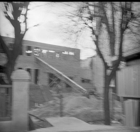 Rok 1971, budowa Domu Kultury, widok od ulicy Bohaterów Stalingradu (Zamkowej).P..., stare zdjęcia -