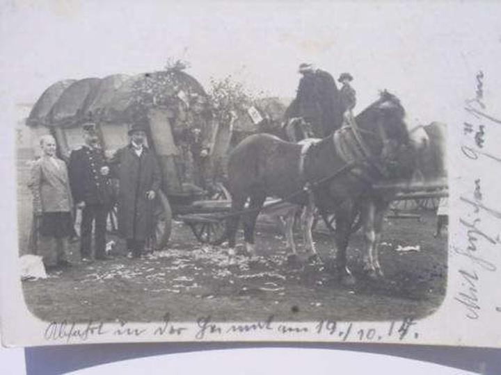 Niemiecka Rodzina ucieka z Polski, stare zdjęcia -