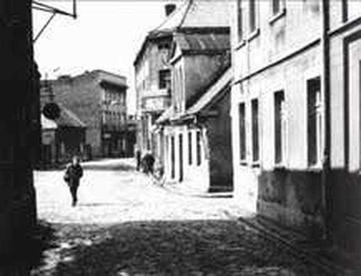 Nasza ulica Targowa. Nasz dom drugi z prawej,a za nim wyższy dom pp.Feigów. Na k..., stare zdjęcia -