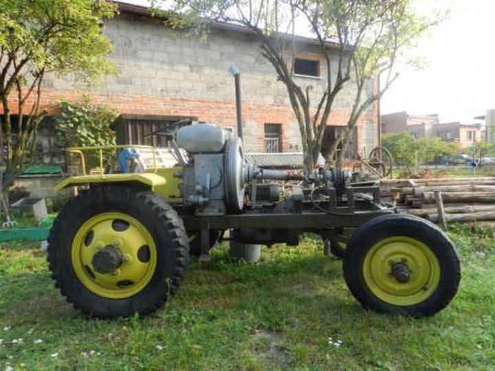 Traktor  z silnikiem 380-S, stare zdjęcia -