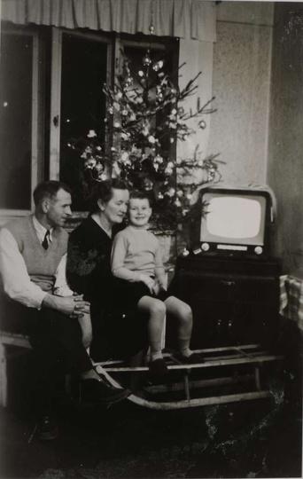 W wigilijny wieczór roku 1958, gościmy u państwa Antoniego, Heleny i Jacka Matys..., stare zdjęcia -