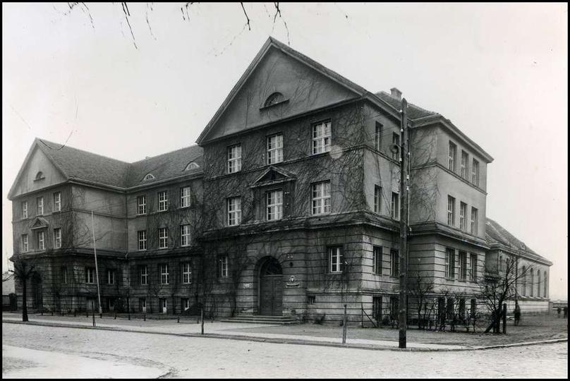 Szkoła Podstawowa nr 2, lata 60-te., stare zdjęcia -