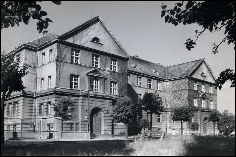 Szkoła Podstawowa nr 2, lata 70-te., stare zdjęcia -