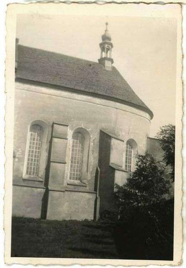 Fragment kościoła klasztornego, rok 1939. Zdjęcie ze zbiorów byłego żołnierza n... -