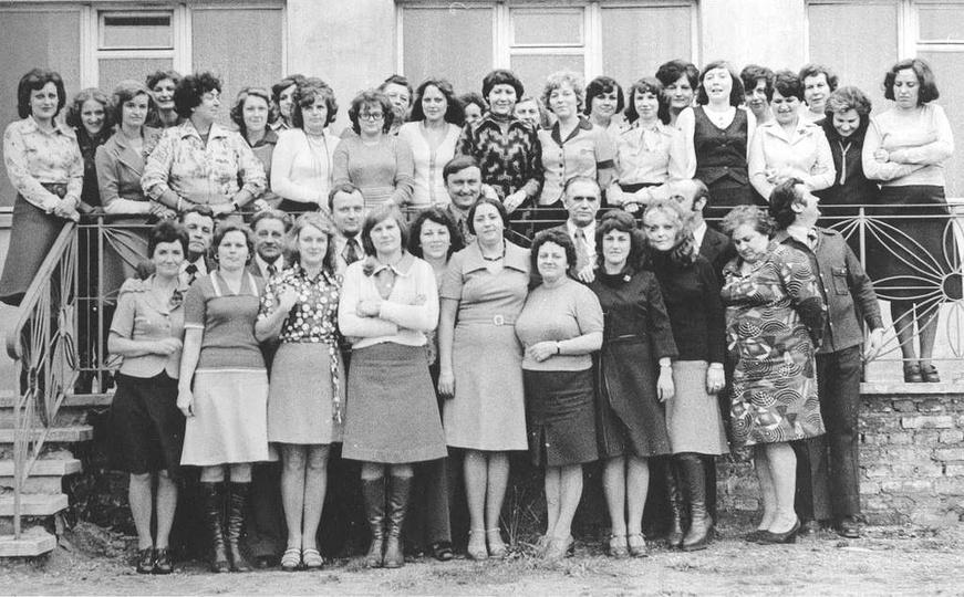 Rejon Dróg Publicznych, przełom lat 70-80 w większości pracownicy biurowca., stare zdjęcia -