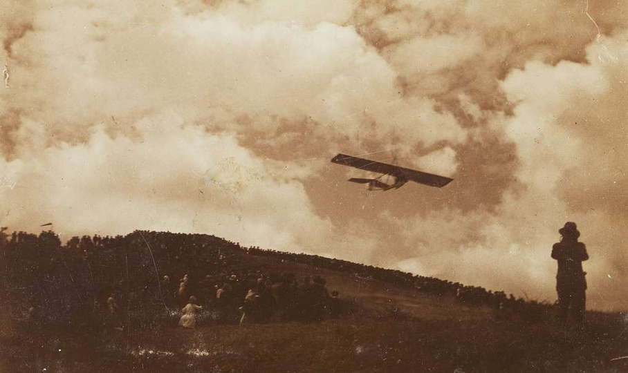 Pokaz lotów i szkolenie pilotów szybowcowych na Bałczynie, rok 1933., stare zdjęcia -