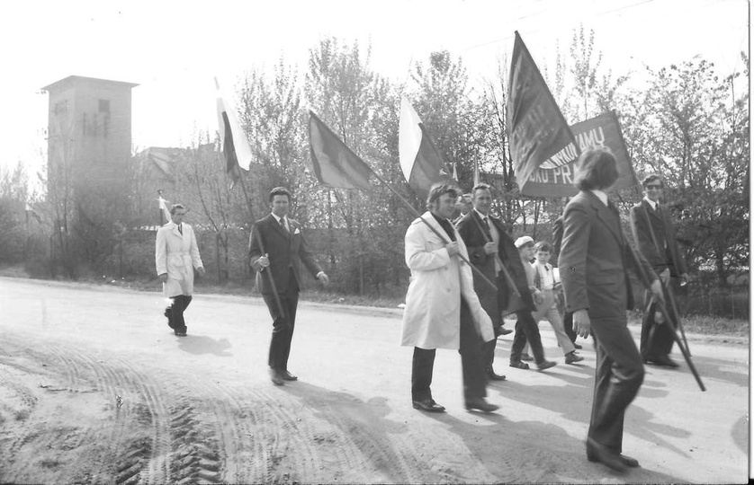 Ulica Składowa, początek lat siedemdziesiątych.  Pracownicy Rejonu Eksploatacji..., stare zdjęcia -