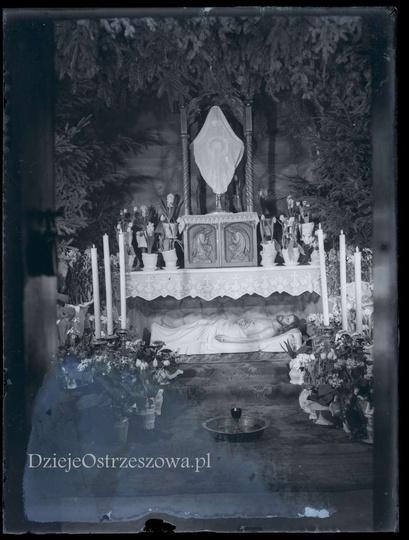 Grób Pański w ostrzeszowskiej Farze, lata trzydzieste. Wyjątkowe i unikalne zdję..., stare zdjęcia -