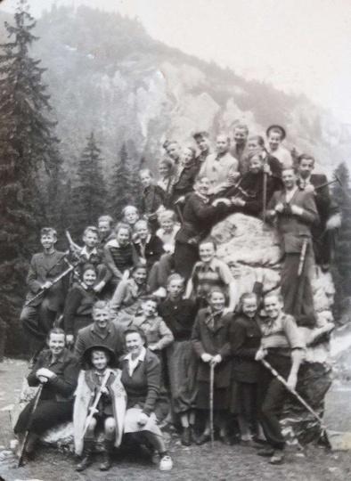 Wycieczka do Zakopanego,Krakowa,Wieliczki i Ojcowa. Rok 1949. U dołu PP.Kempowi..., stare zdjęcia -