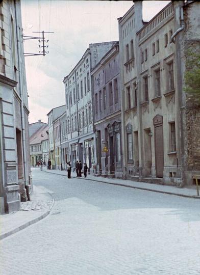 Widok na Rynek od ulicy Powstańców Wielkopolskich, początek lat siedemdziesiątyc..., stare zdjęcia -