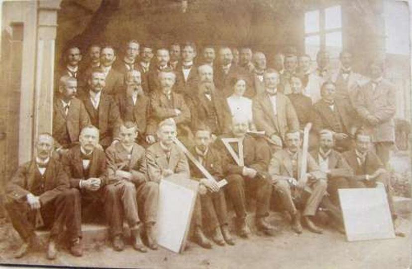 Nauczyciele rysunku z powiatu Ostrzeszowskiego. 1910r., stare zdjęcia -