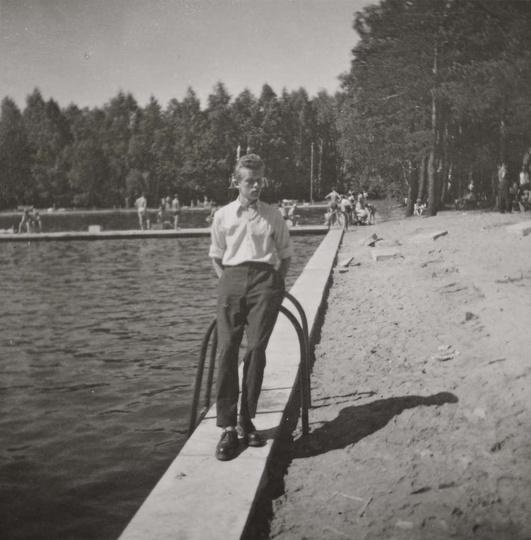 W latach pięćdziesiątych ostrzeszowski basen poddany był gruntownej modernizacji..., stare zdjęcia -