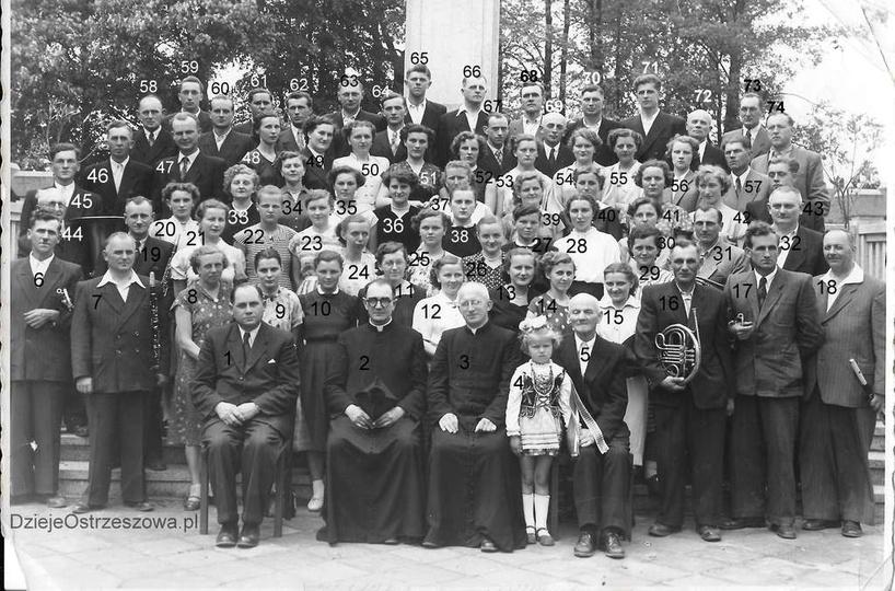 Rok 1956, prawdopodobnie jest to pamiątkowe zdjęcie zrobione z okazji 60-tej roc... -