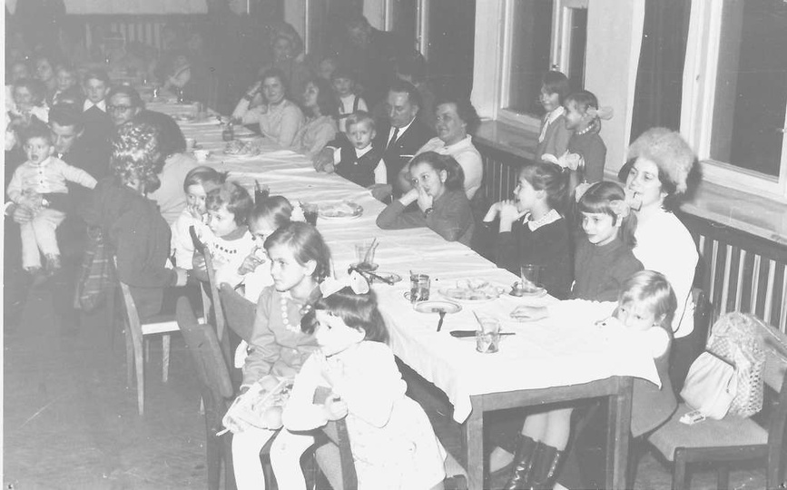 3 luty 1973 rok, impreza choinki noworocznej dla dzieci pracowników Prezydiów Ra..., stare zdjęcia -
