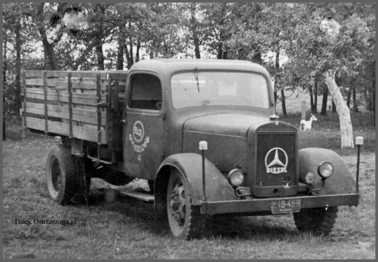 Lata 50-te, ciężarówka z logo ostrzeszowskiej firmy ELCE. ELCE to skrót od imien..., stare zdjęcia -