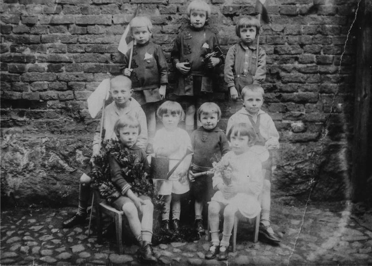 99 lat temu, 17 marca 1918 roku, urodził się znamienity obywatel Ostrzeszowa, Ta..., stare zdjęcia -