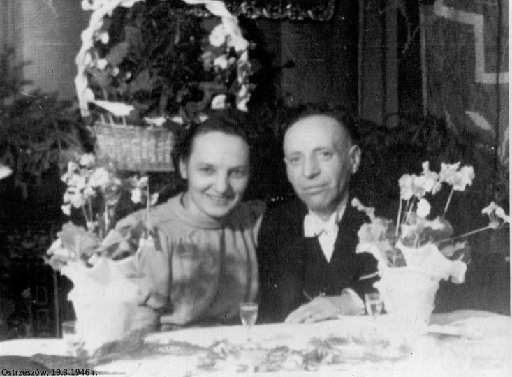Za stołem weselnym Monika i Wacław Foglerowie.19.03.1946 rok. Wacław Fogler ur...., stare zdjęcia -