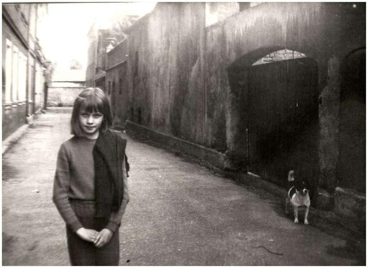 Połowa lat 80-tych, ulica Chmielna widok od strony Stawku. Fotomodelka to Agnies..., stare zdjęcia -