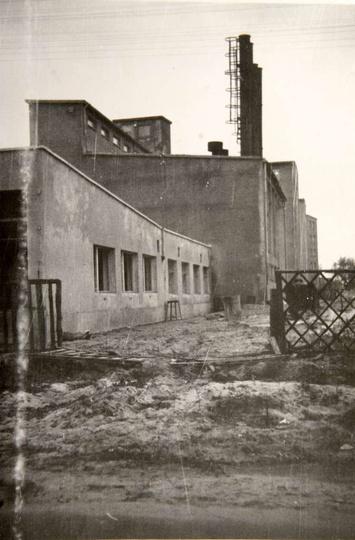 Oś. M. Nowotki (Zamkowe) W roku 1966 rozpoczęto budowę centralnej kotłowni C.O...., stare zdjęcia -