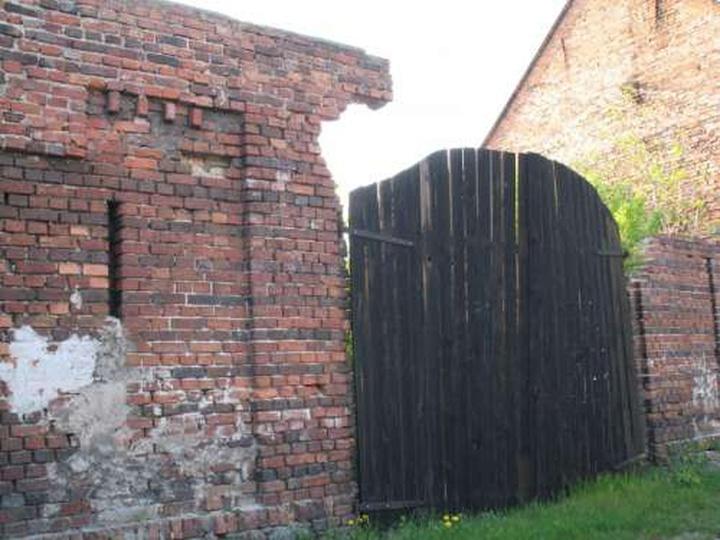 Resztki ostatniej stodoły przy ul. Stodolnej, stare zdjęcia -