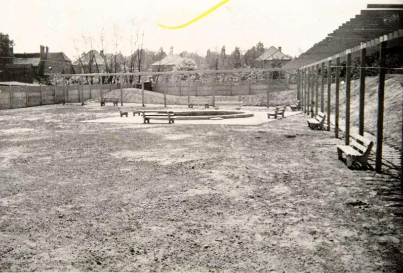 Przedszkole nr 2 przy ulicy Bohaterów  Stalingradu (Zamkowa), obecnie Szkoła Muz..., stare zdjęcia -
