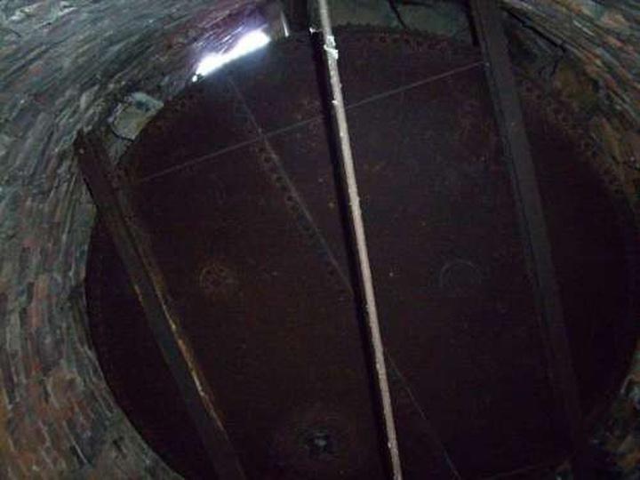Wnętrze wieży, stare zdjęcia -