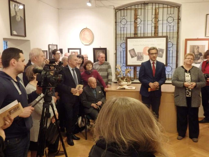 Otwarcie wystawy dzieł Antoniego Serbeńskiego, zorganizowaną w 130 rocznicę urod..., stare zdjęcia -