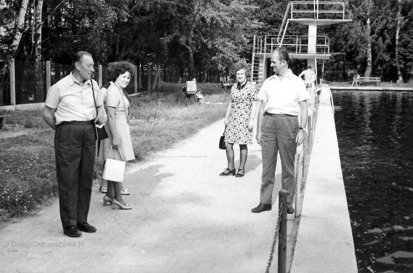 Ostrzeszowski basen, przypuszczalnie koniec lat 60-tych. Na zdjęciu: Władysław G..., stare zdjęcia -