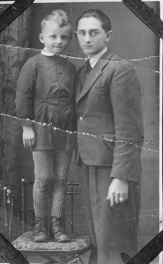 Z wujkiem Alojzym Smiataczem tuż przed wybuchem wojny.Wkroczenie Niemców przeżył..., stare zdjęcia -