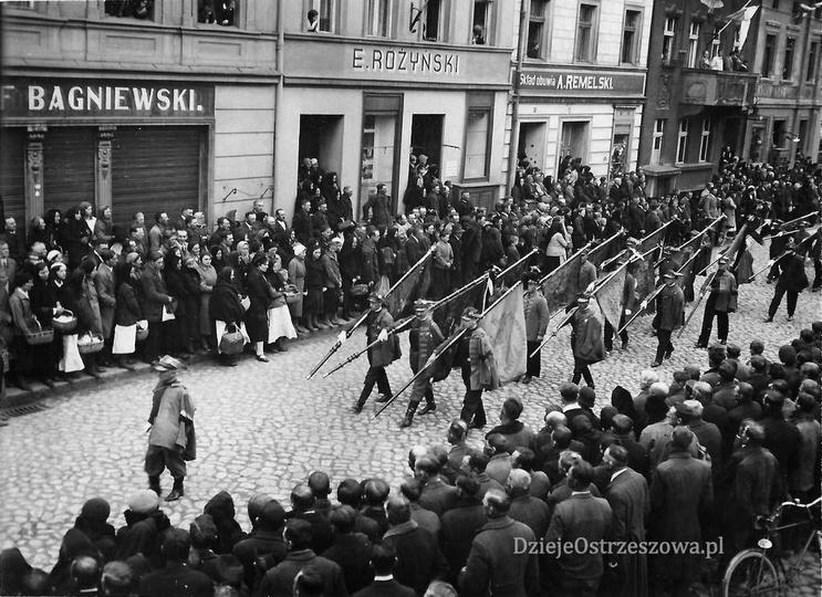 """Towarzystwo Gimnastyczne """"Sokół"""" w Ostrzeszowie 16 maja 1935 roku, pogrzeb Anto..., stare zdjęcia -"""