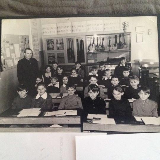 Szkoła Podstawowa, może ktoś pamięta, w której to było klasie?, stare zdjęcia -