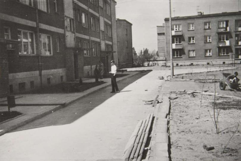 Osiedle M. Nowotki (Zamkowe) Blok mieszkalny numer 2 na 27 rodzin. Budowę rozpo..., stare zdjęcia -