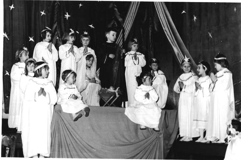 Rok ok. 1974, Jasełka w klasztorku, stare zdjęcia -