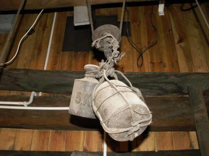 Wagi zegara ratuszowego - 5 kwietnia 2009, stare zdjęcia -