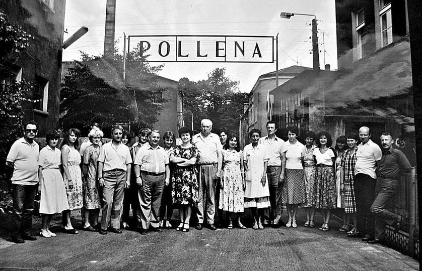 Pracownicy administracji ostrzeszowskiej Polleny. Lata osiemdziesiąte. Za zdjęc..., stare zdjęcia -
